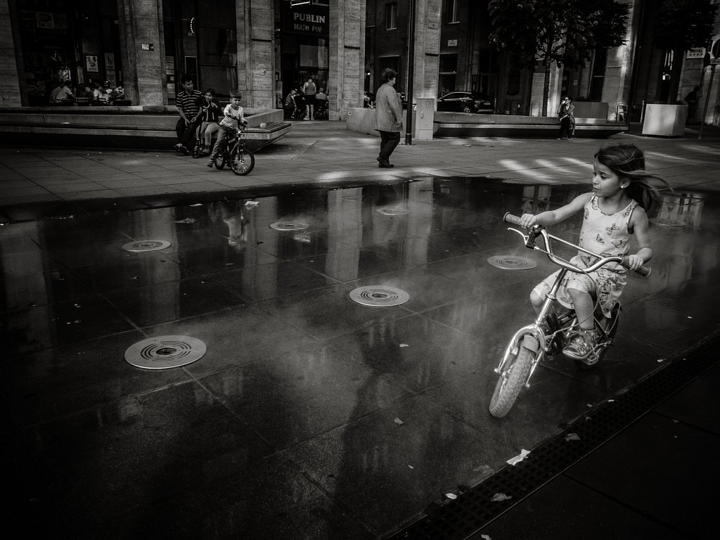 Water fountain. Budapest - 2017.